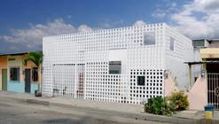 Casa Infinita / Natura Futura Arquitectura
