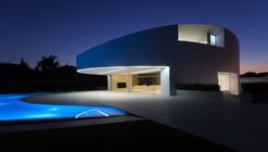 Casa Balint / Fran Silvestre Arquitectos