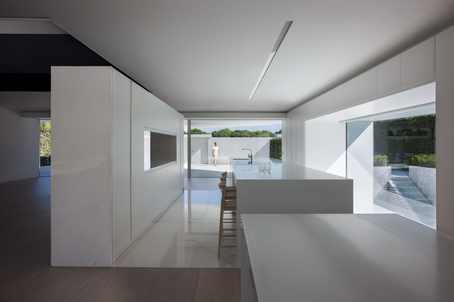balint house fran silvestre arquitectos archdaily. Black Bedroom Furniture Sets. Home Design Ideas