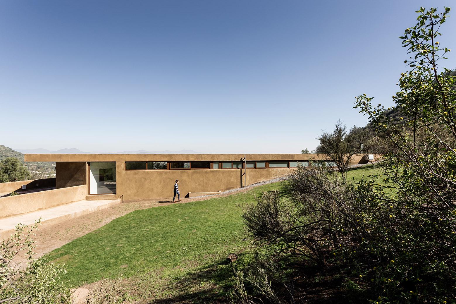 Los Morros House / Chauriye Stäger Arquitectos , © Midas / Pablo Blanco