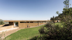 Los Morros House / Chauriye Stäger Arquitectos