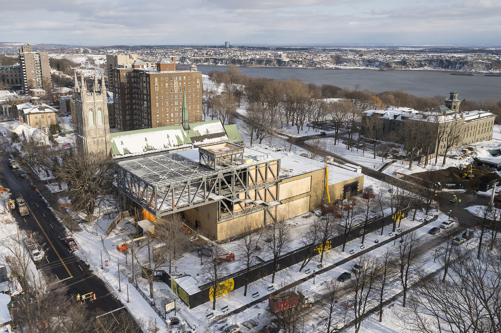 OMA Tops Out on Beaux Arts Museum in Quebec, Aerial. Image © MNBAQ, Idra Labrie