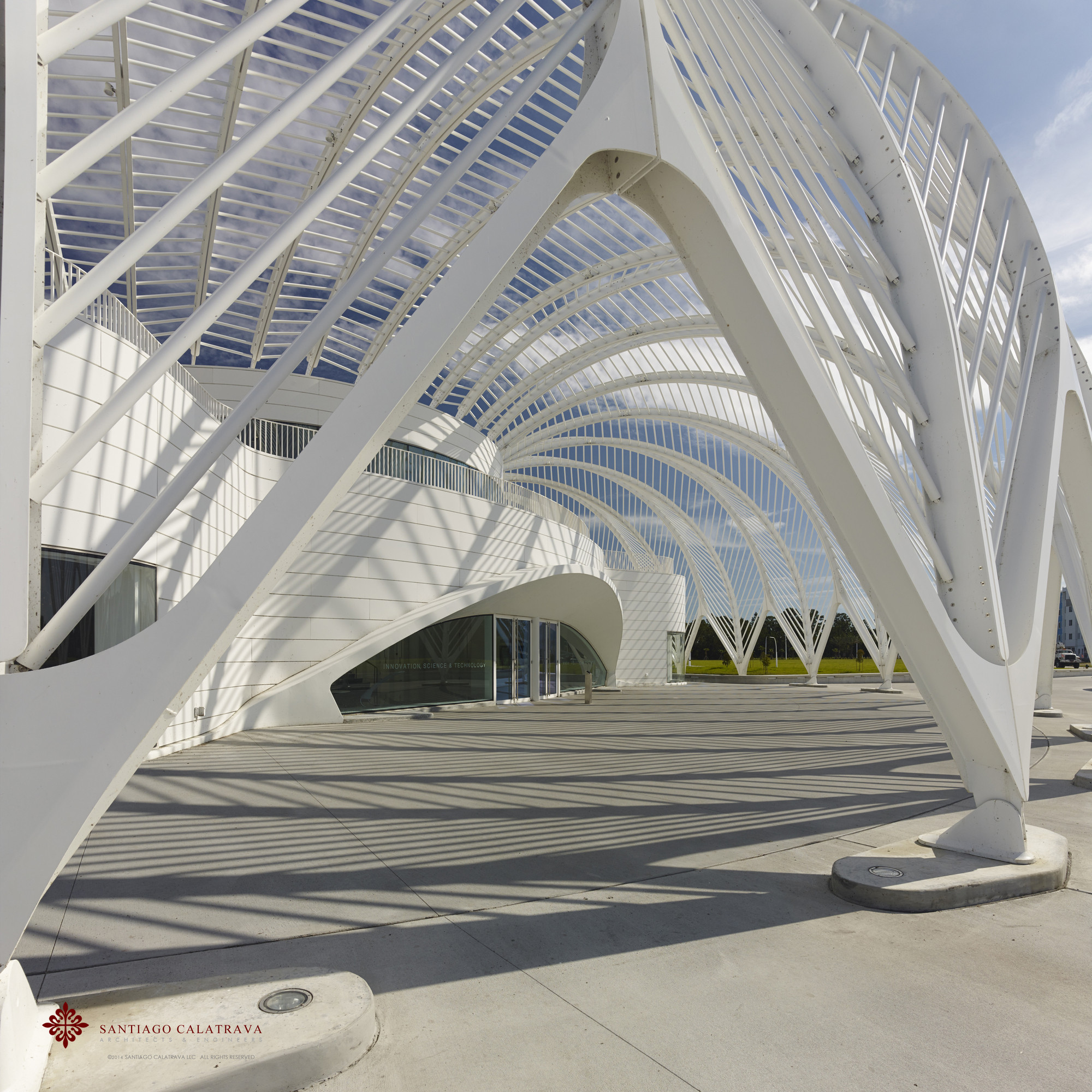 In Defense of Santiago Calatrava, Florida Polytechnic Sciencie, Innovation and Technology Campus. Image © Alan Karchmer for Santiago Calatrava