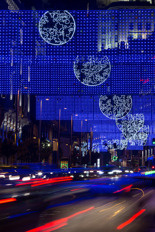 Christmas Lights in Madrid: Brut Deluxe's MOON Through the Lens of Miguel de Guzmán