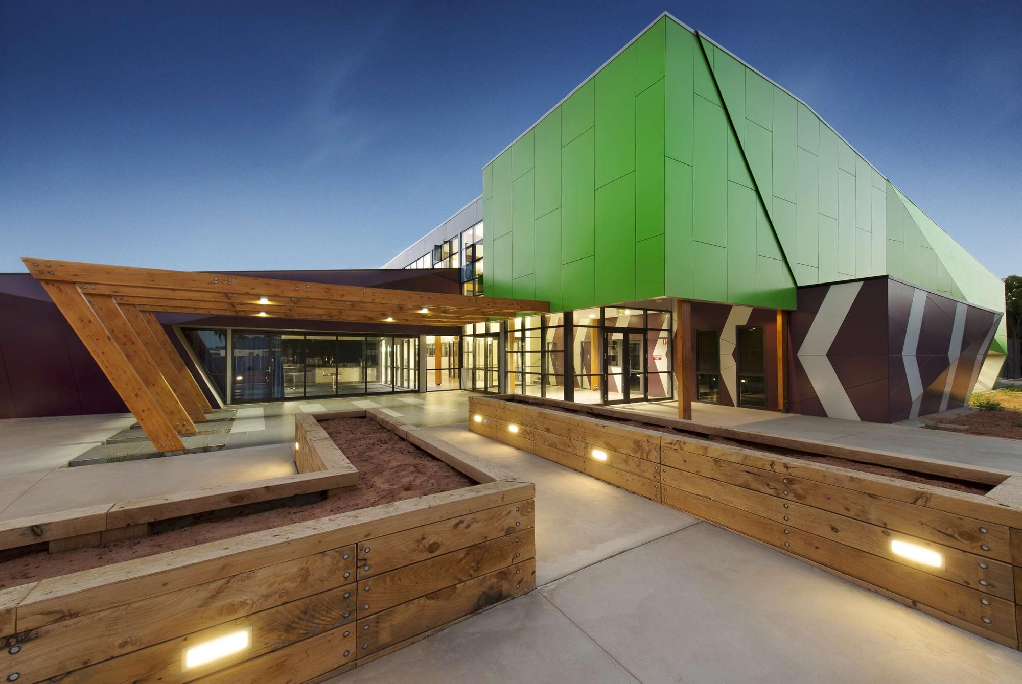 Centro de Treinamento Deakin / Y2 Architecture, © Zachary Couyant