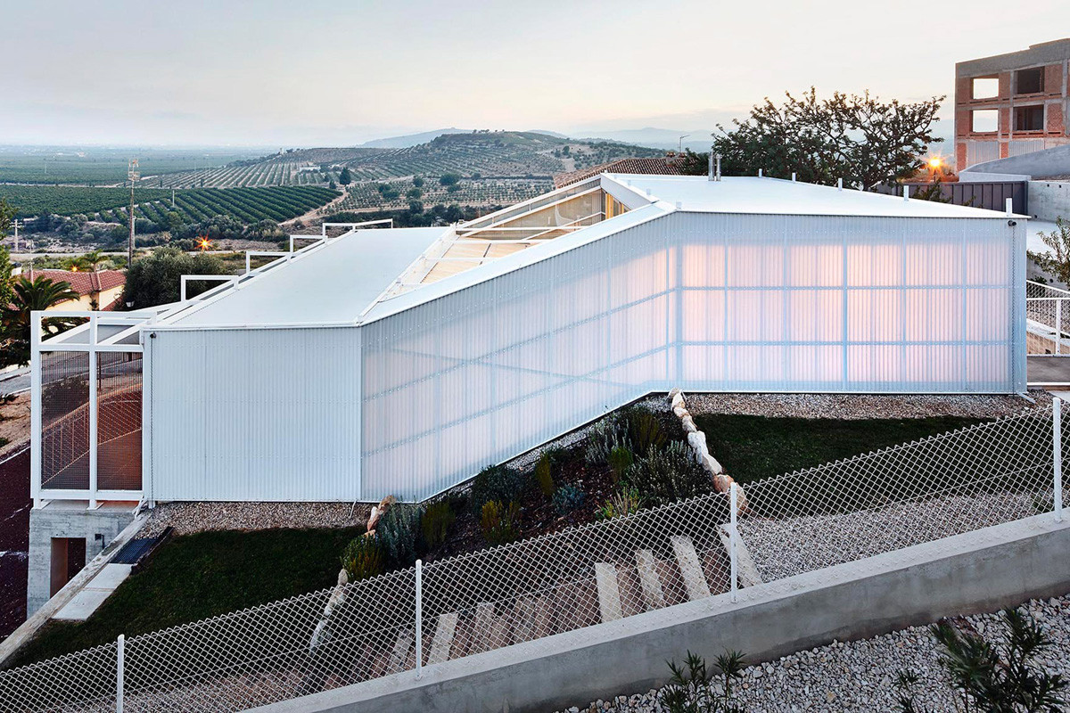 Residência Sem Estação / Casos de Casas, © José Hévia