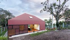 CF House / Christian Calle Figueroa