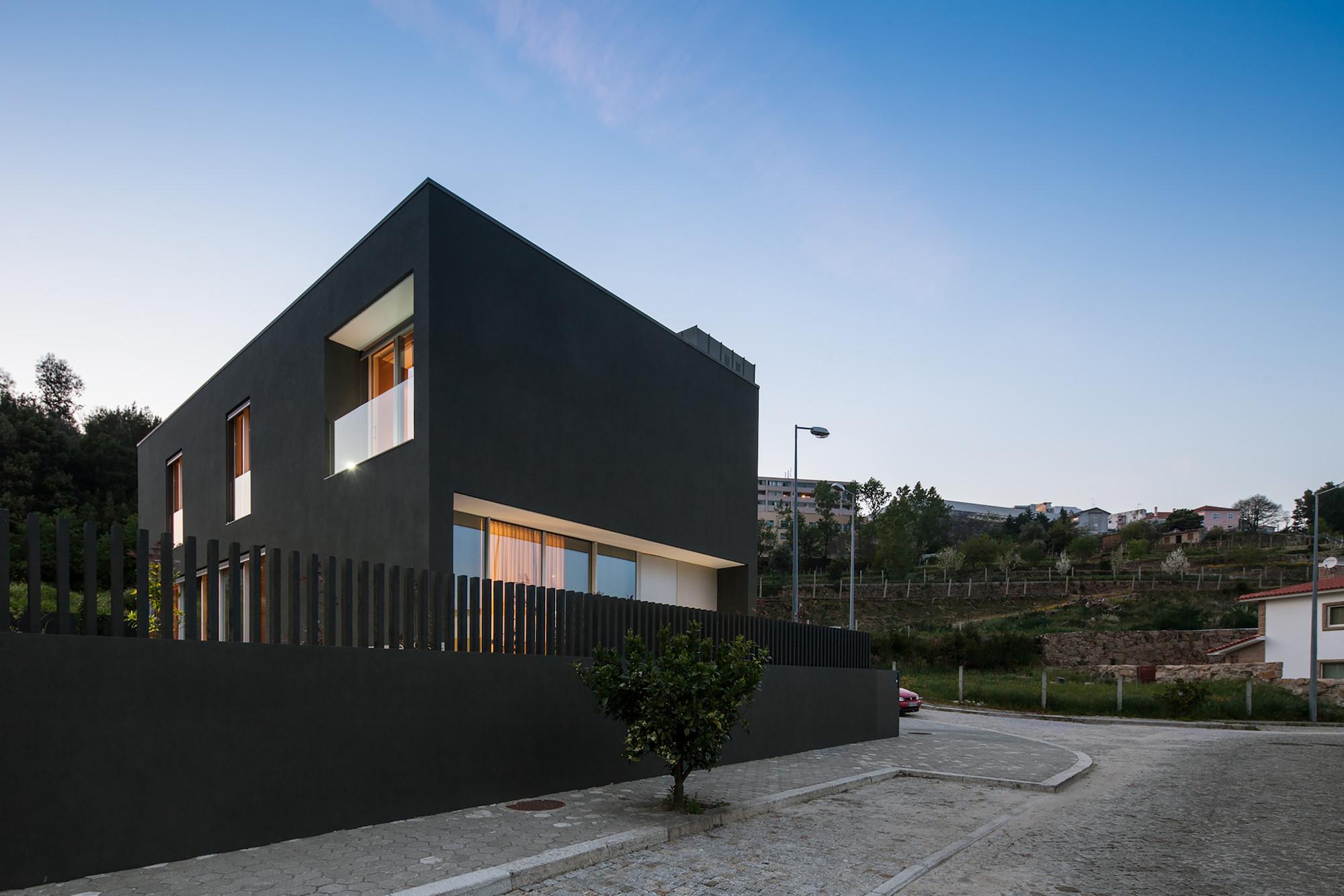 Penafiel House / Graciana Oliveira , © João Morgado