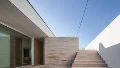 Milhundos House / Graciana Oliveira