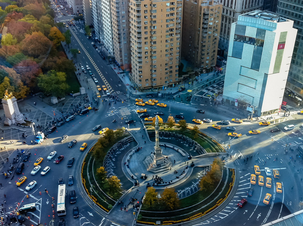 Oito ideias para melhorar a vida nas cidades, Columbus Circle, Nova Iorque. © ravalli1, via Flickr. Used under <a href='https://creativecommons.org/licenses/by-sa/2.0/'>Creative Commons</a>