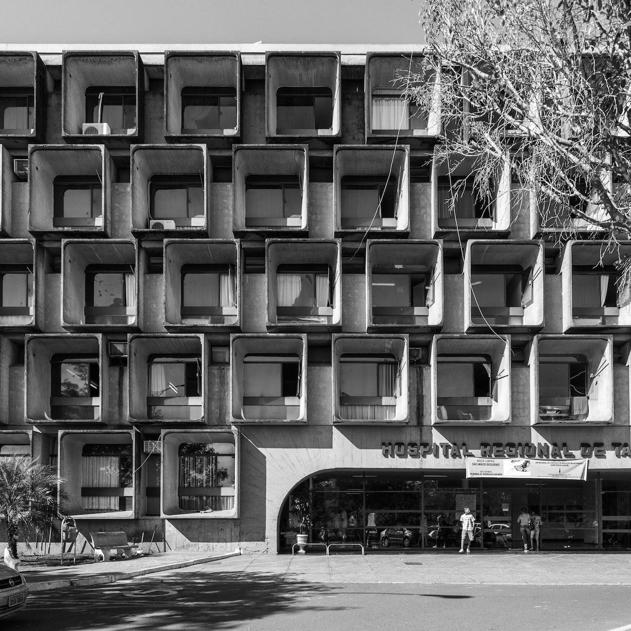 Clásicos de Arquitectura: Hospital Regional de Taguatinga / João Filgueiras Lima (Lelé), © Joana França