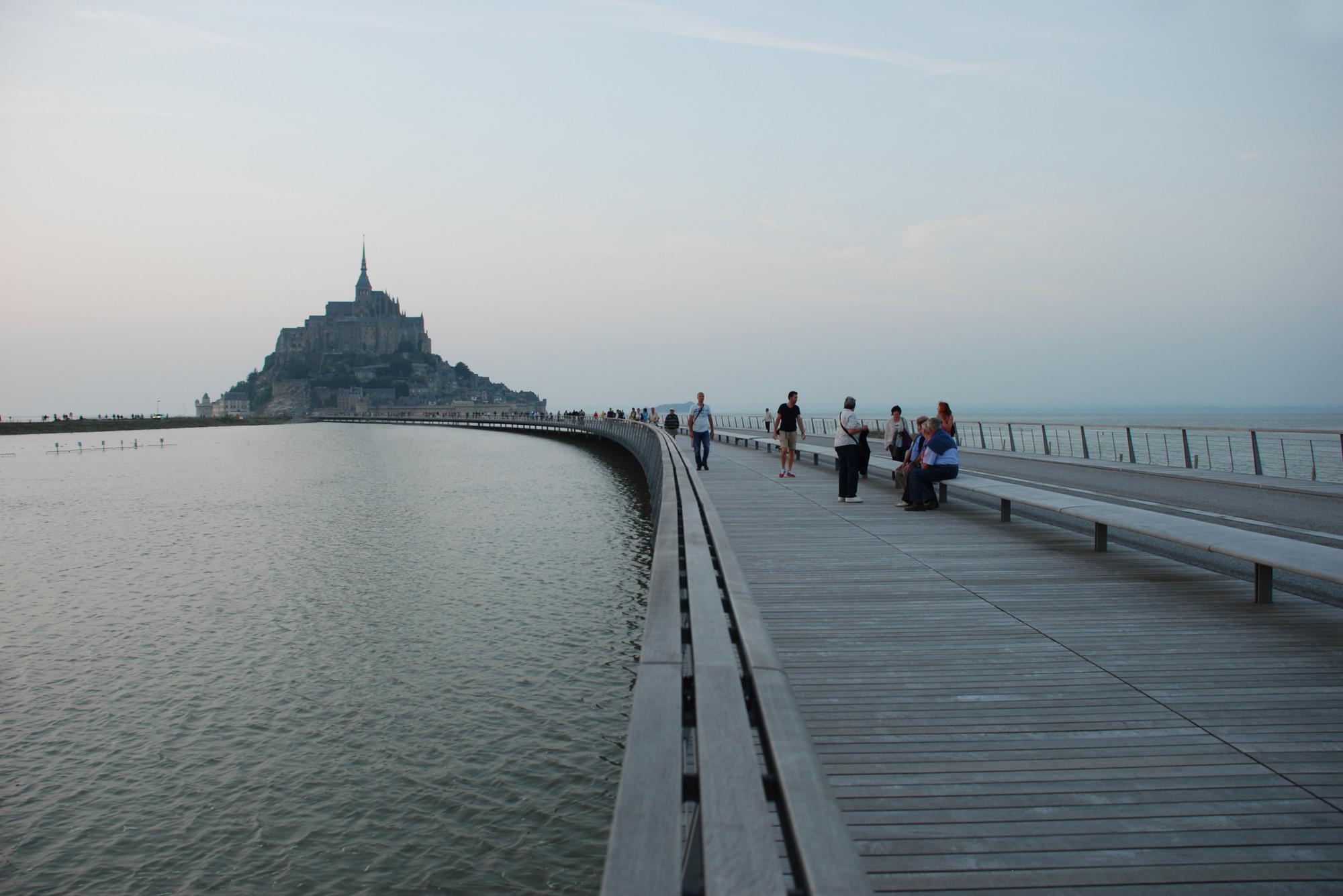 Muelle Del Monte Saint Michel Dietmar Feichtinger Architectes  # Muebles Saint Michel
