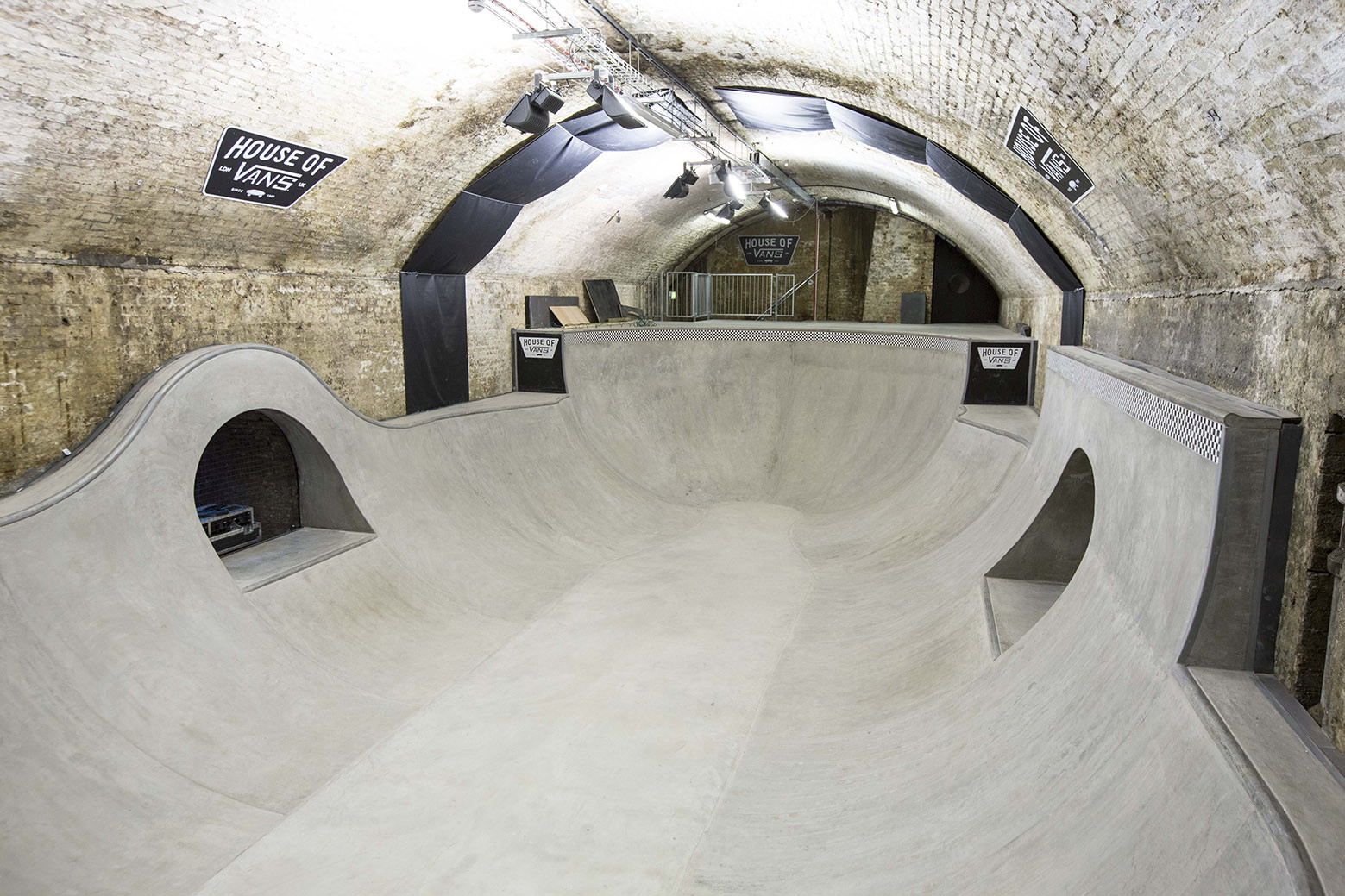 Gallery of house of vans london tim greatrex 7 for Indoor skatepark design uk