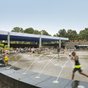 LeFrak Center at Lakeside Prospect Park. Imagem © Michael Moran