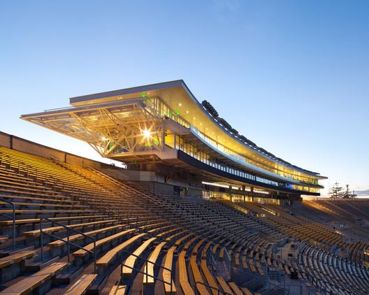 Estádio e Centro de Treinamento UC Berkeley. Imagem © Jim Simmons