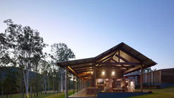 Hinterland House / Shaun Lockyer Architects