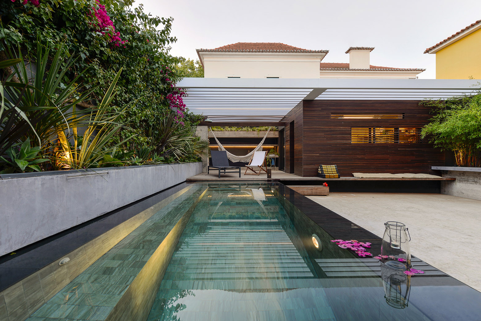 Casa em Estoril / Ricardo Moreno Arquitectos, © Ricardo Oliveira Alves
