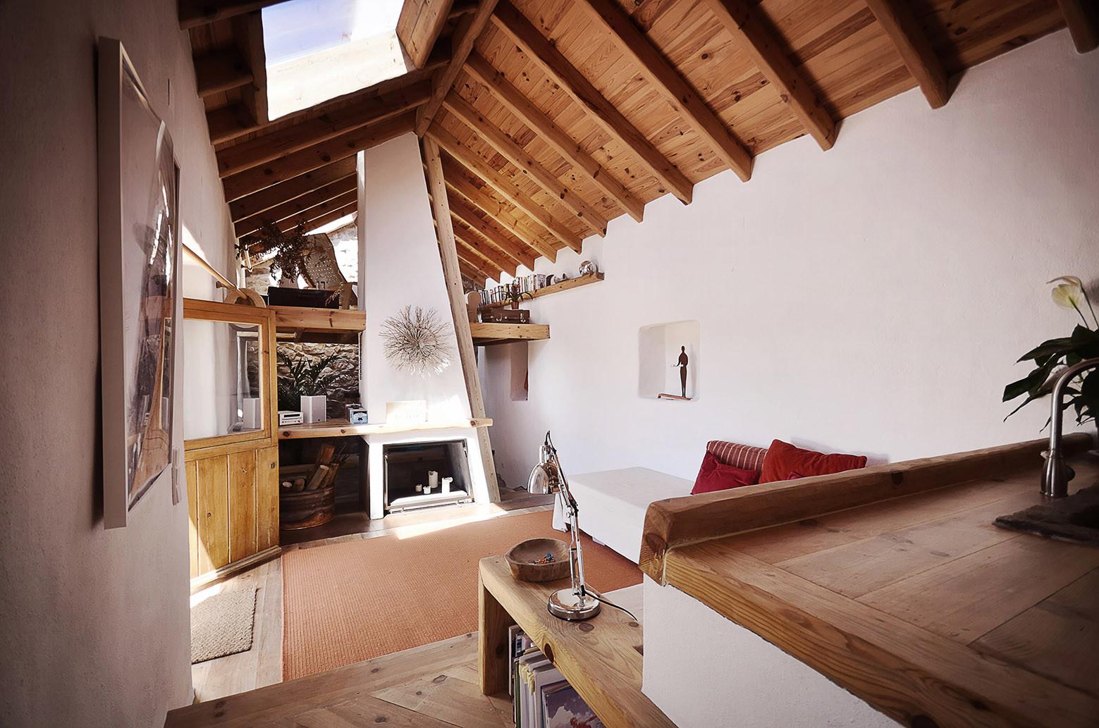 Casa en forma de Abrazo / Pedro Quintela, © Ricardo Oliveira Alves