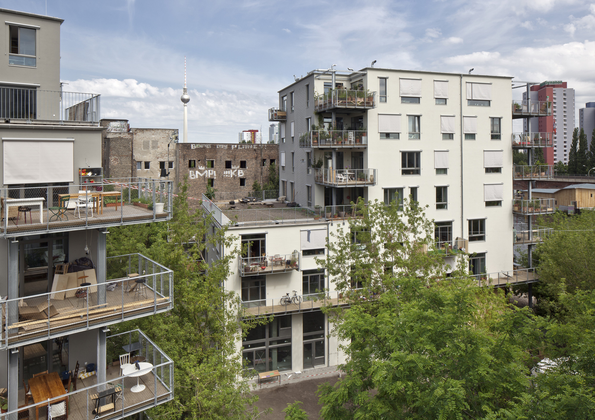 Coop housing at river spreefeld carpaneto architekten - Architekten in berlin ...