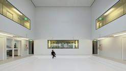Junky Hotel Amsterdam / Atelier Kempe Thill