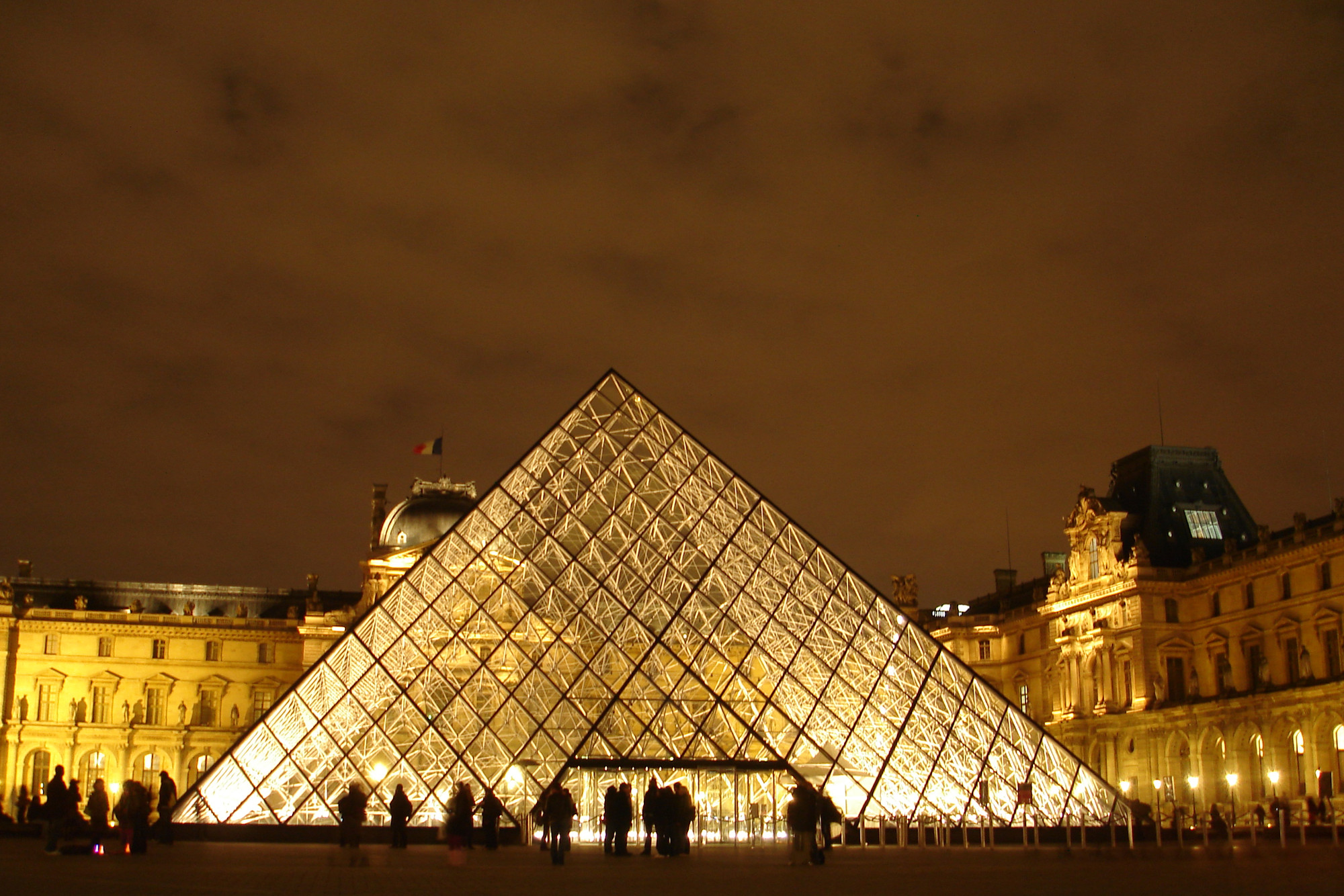 75 Feet To Meters 6 Modern Pyramids That Show Timeless Geometry Is Here To