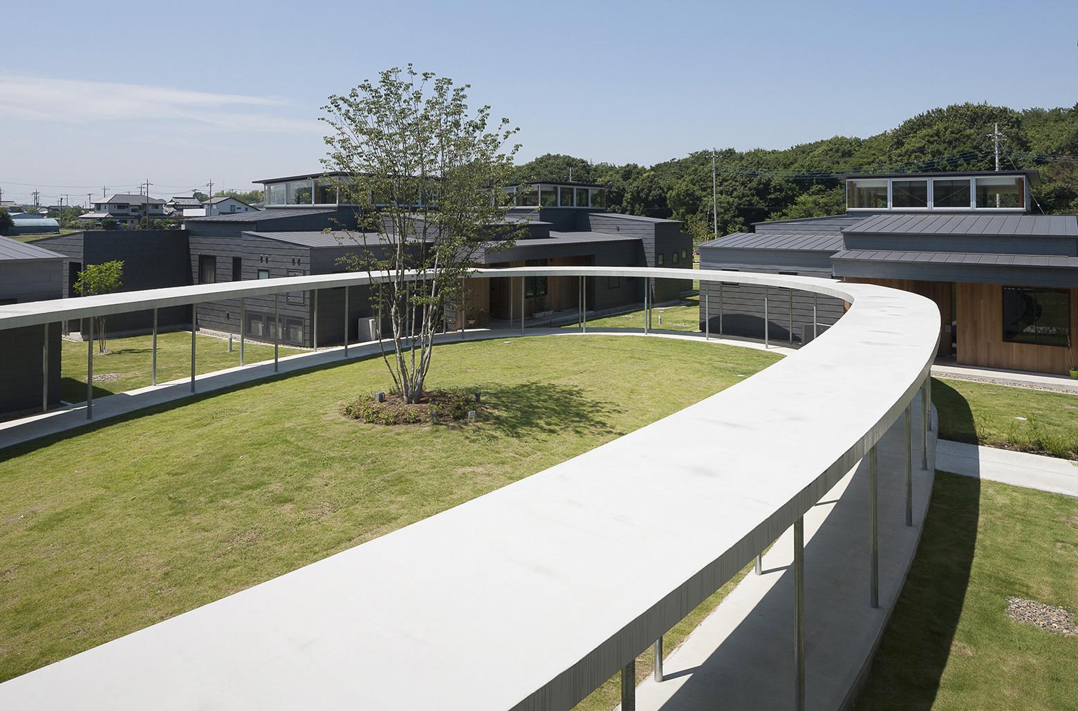 """Children's Nursing Home """"Tsukuba-Aiji-en"""" / K+S Architects, © Hiroshi Ueda, Yoshihiro Asada"""