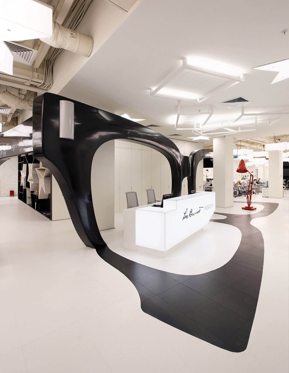 leo burnett office moscow. Leo Burnett Moscow / Nefa Architects Office T