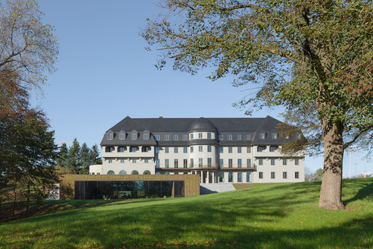 Parliament for the German-Speaking Community / Atelier Kempe Thill