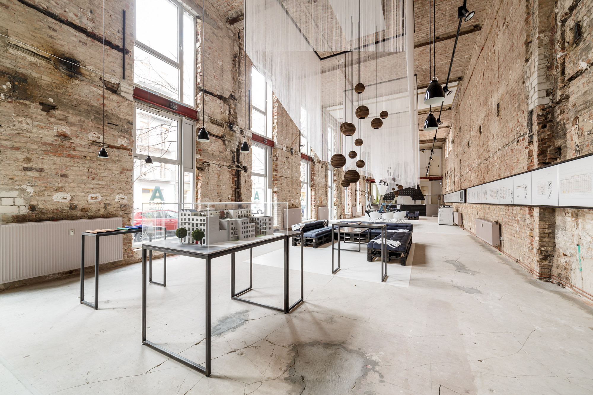 A space: Lofts in Berlin Mitte / plajer & franz studio | ArchDaily
