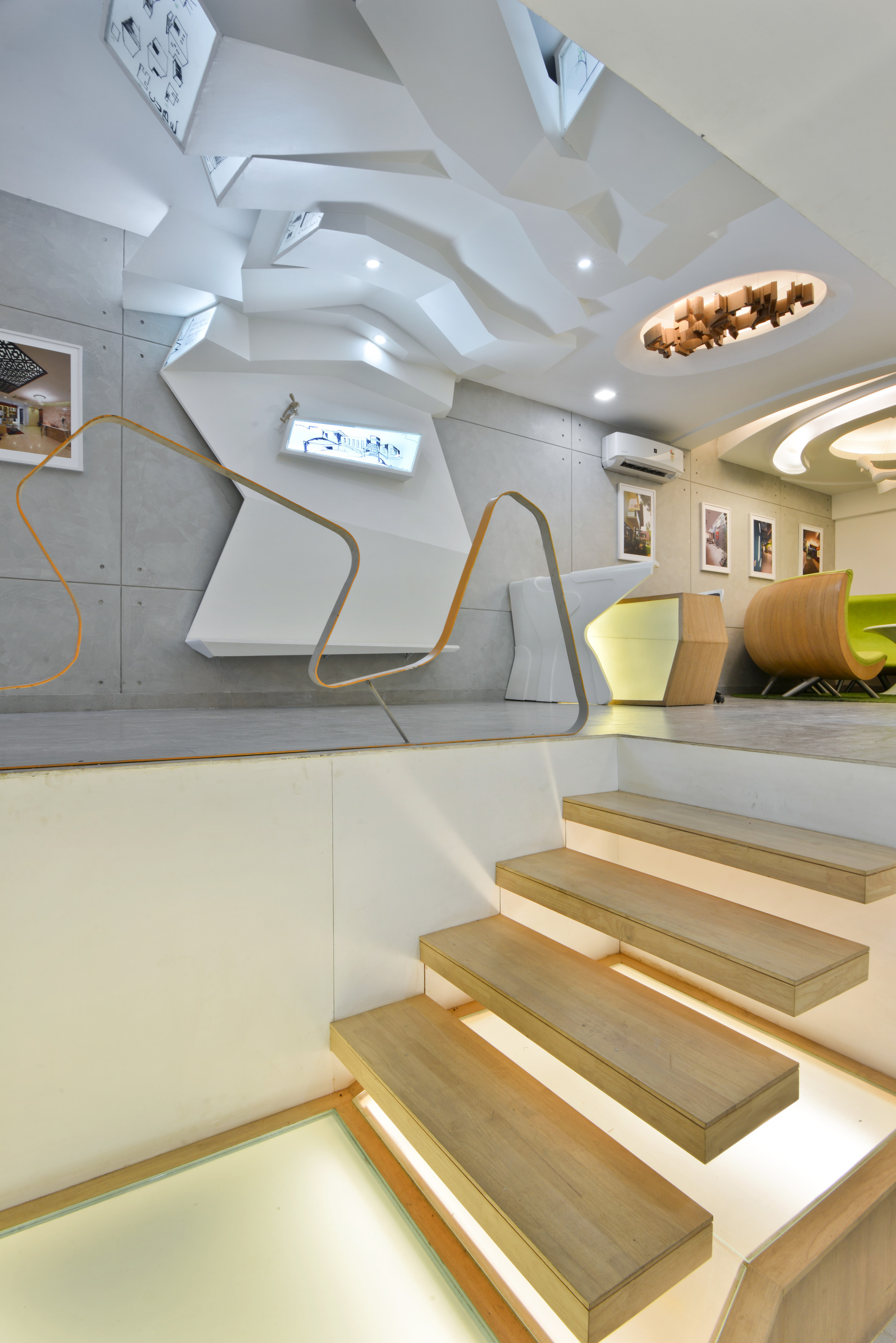 Gallery of architect s office spaces architects ka 6 for Spaces architects safdarjung