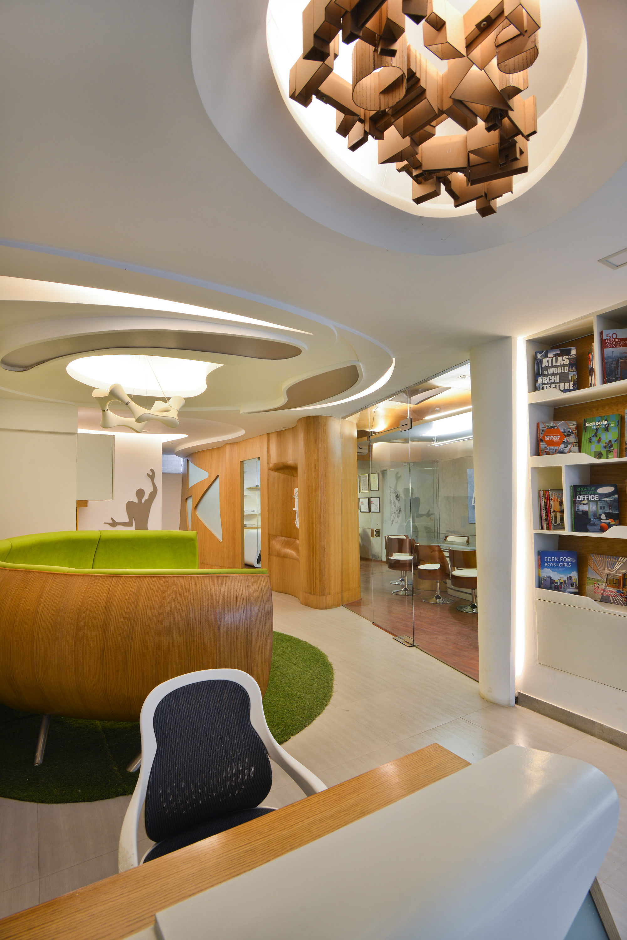 Gallery of architect s office spaces architects ka 9 for Space design group architects and interior designers