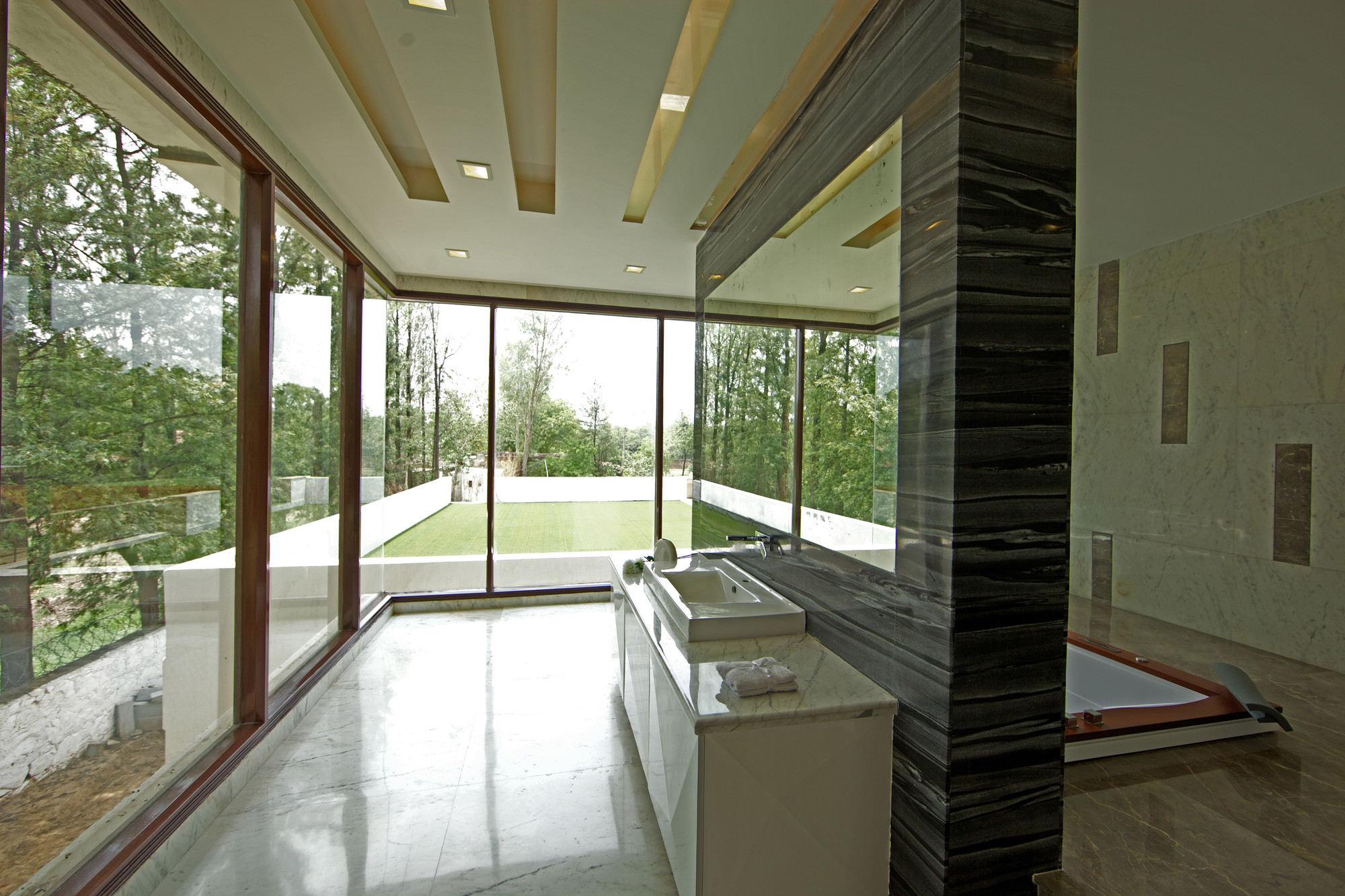 Gallery of sachdeva farmhouse spaces architects ka 11 for Spaces architects safdarjung