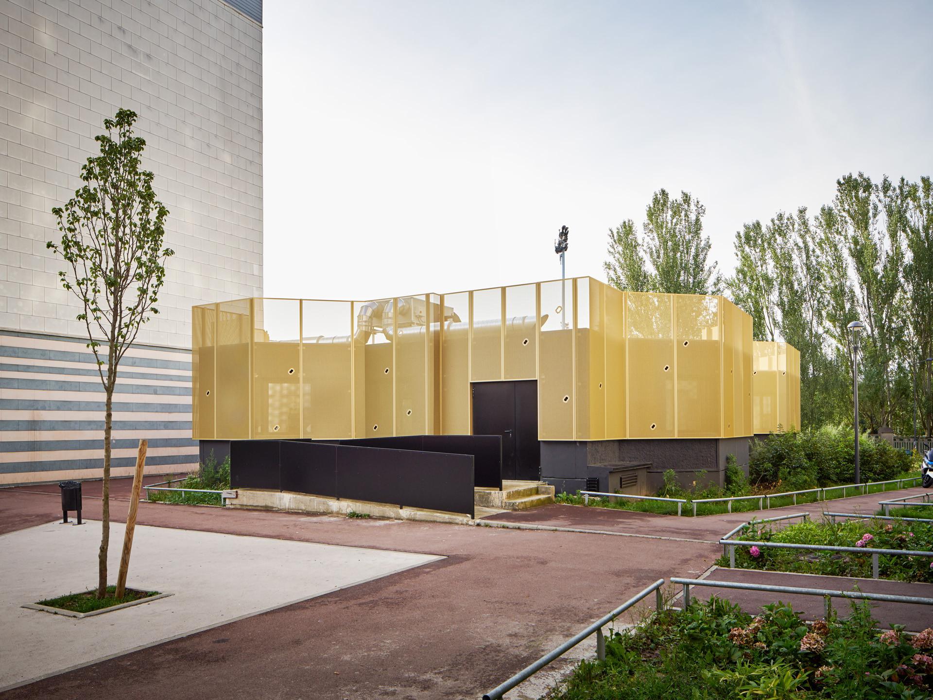 centro comunitario clec montreuil cut architectures plataforma arquitectura. Black Bedroom Furniture Sets. Home Design Ideas