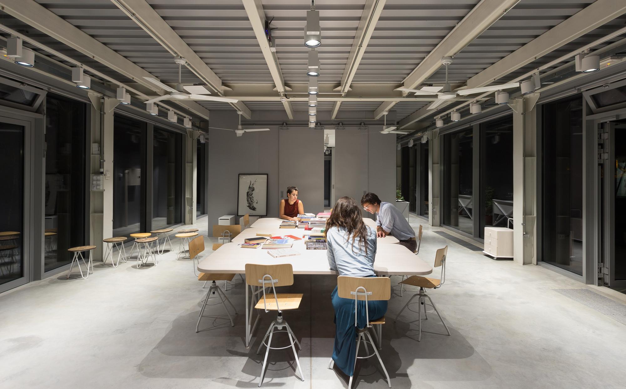 Galería de Casa C y Casa D / Studio AUTORI - 3