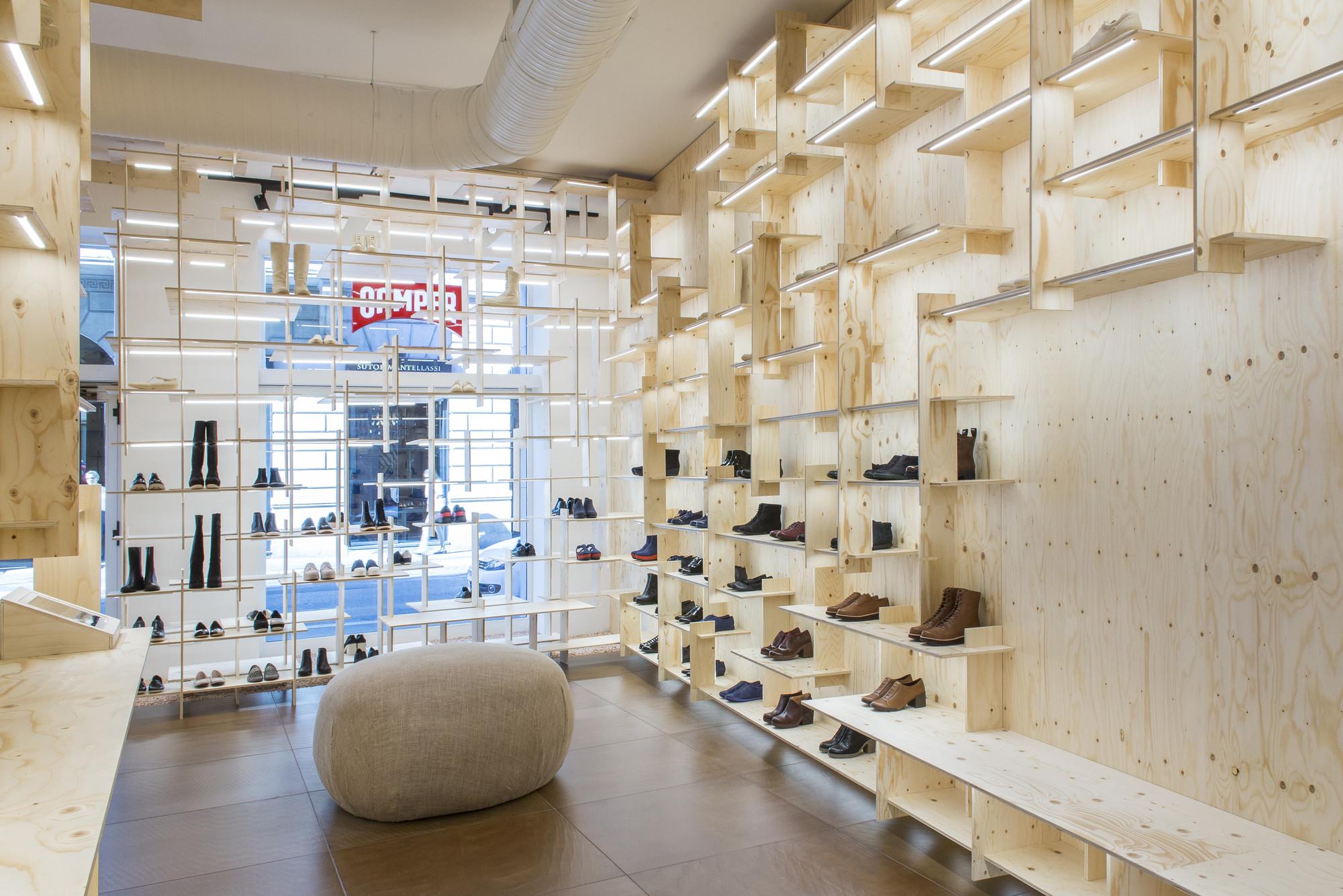 Gallery of camper store milano kengo kuma associates 10 for Milano design shop