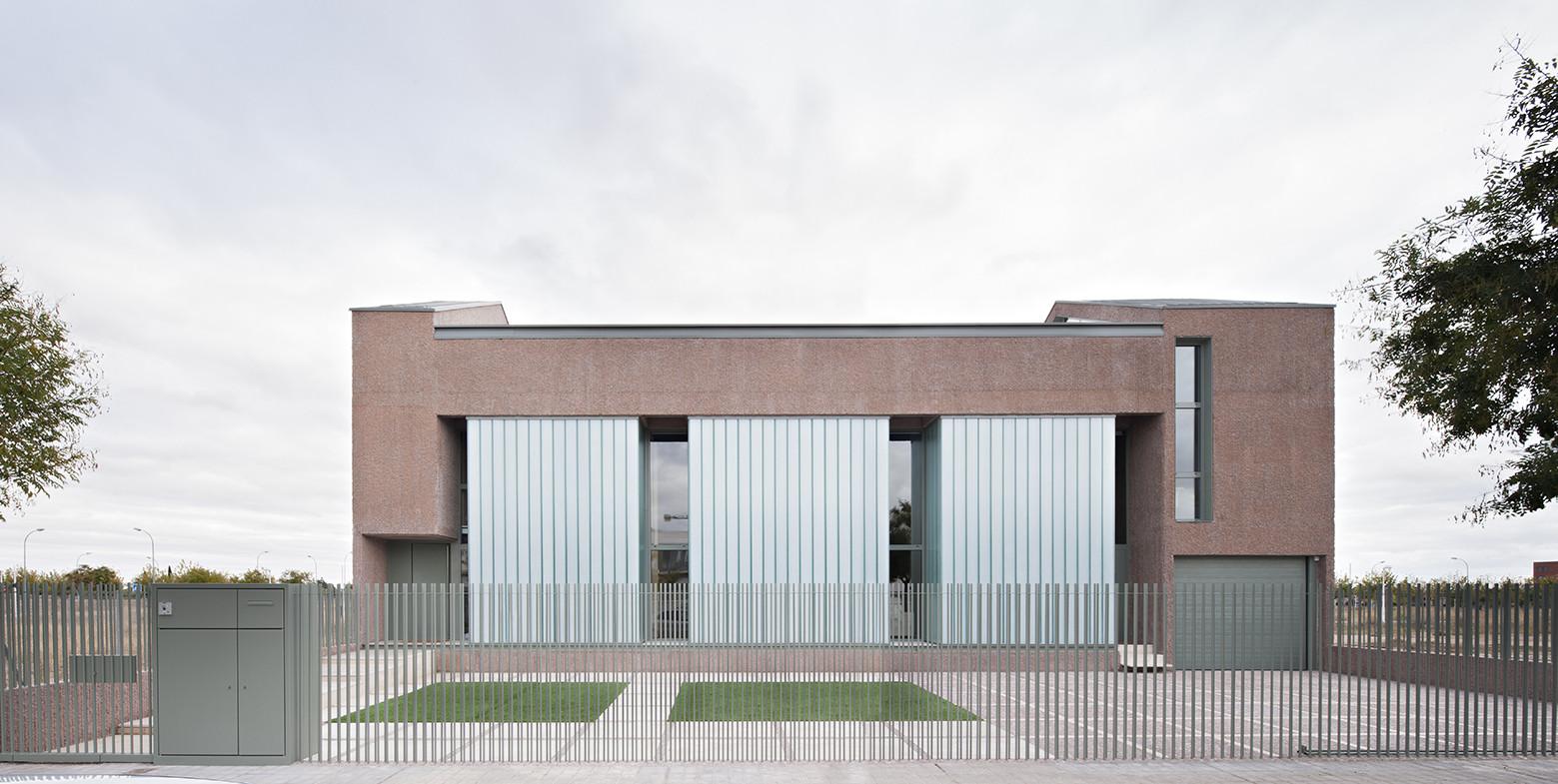Vivienda entre Medianeras - Casa Fuensanta / MUKA Arquitectura, © Javier Callejas