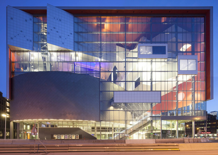 Crossoverzaal / NL Architects, Courtesy of NL Architects