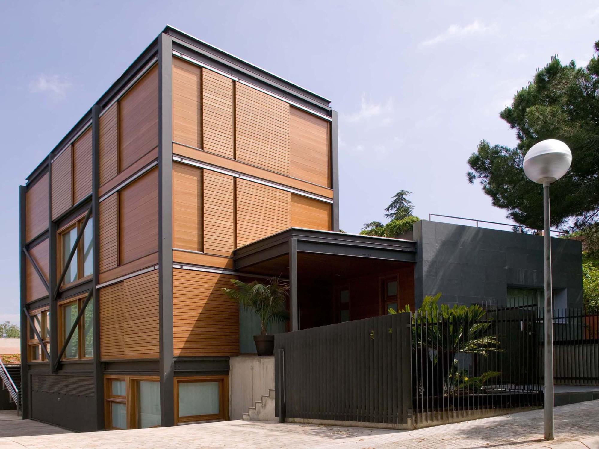 P house artigas arquitectes archdaily - Sans arquitectes ...