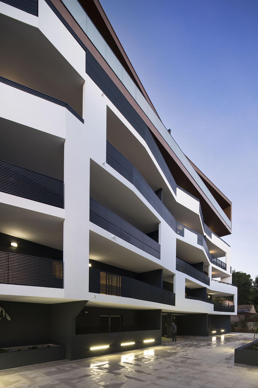 Galer a de vivienda 32 mdr architectes 13 for Designhotel 54