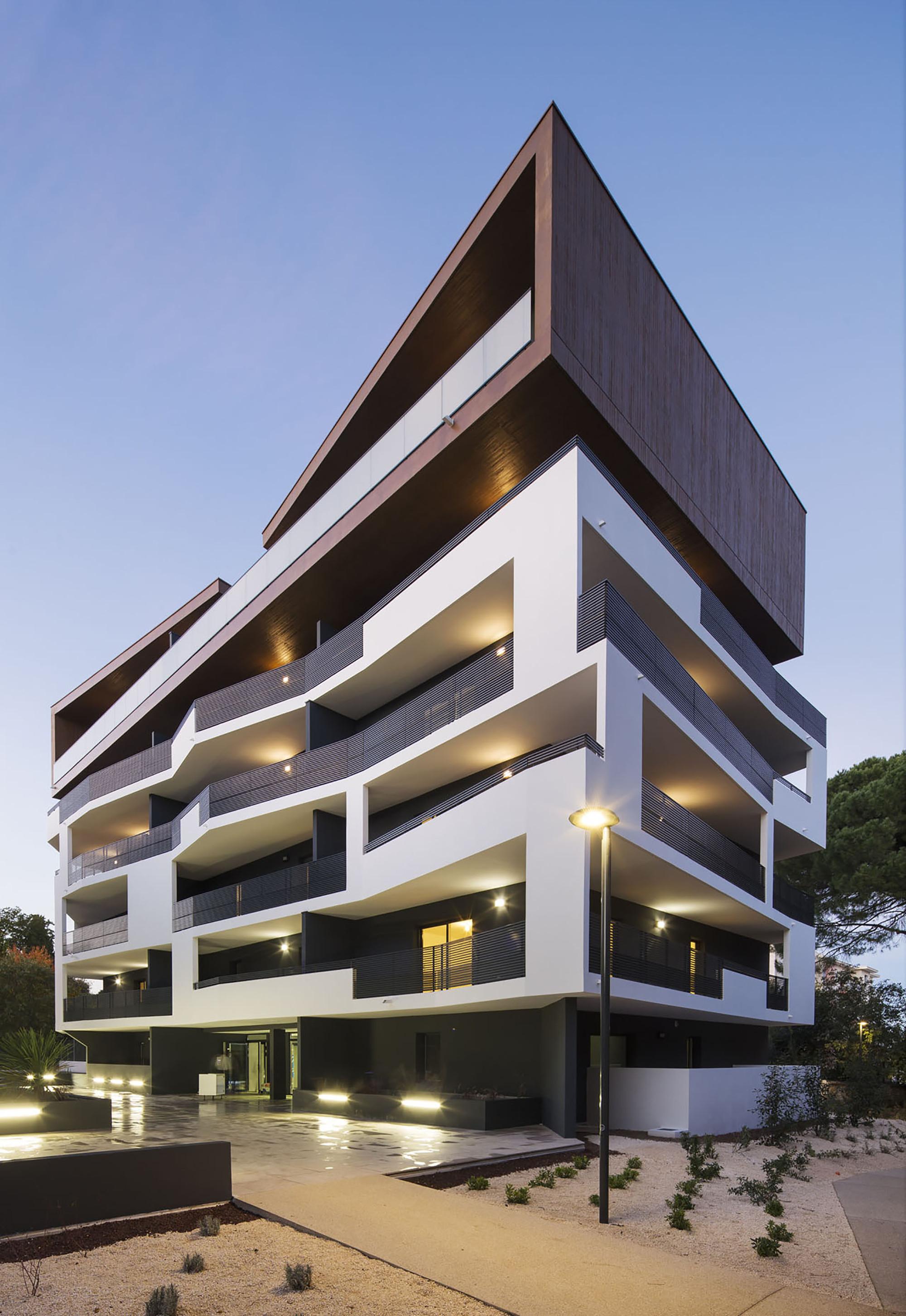 Galer a de vivienda 32 mdr architectes 17 for Design 8 hotel soest