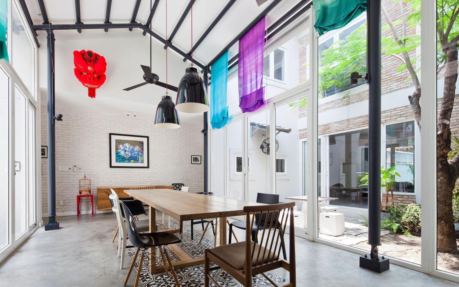Casa Con Patios Interiores,Cortesía De MimANYSTUDIO