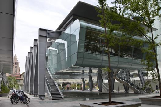 Facultad de Ciencias Físicas y Matemáticas Universidad de Chile / Borja Huidobro + A4 Arquitectos