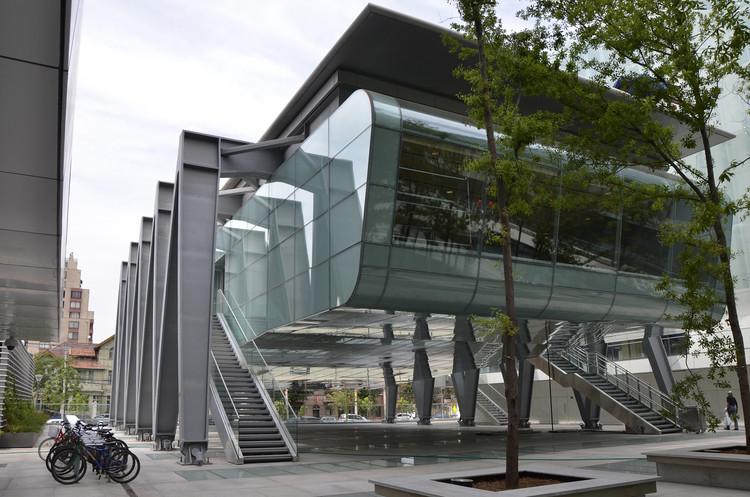 Facultad de Ciencias Físicas y Matemáticas Universidad de Chile / Borja Huidobro + A4 Arquitectos, Cortesía de Borja Huidobro + A4 Arquitectos