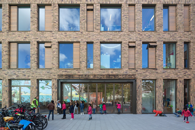 Nieuwe Park Rozenburgschool / KCAP Architects&Planners, © Ossip van Duivenbode