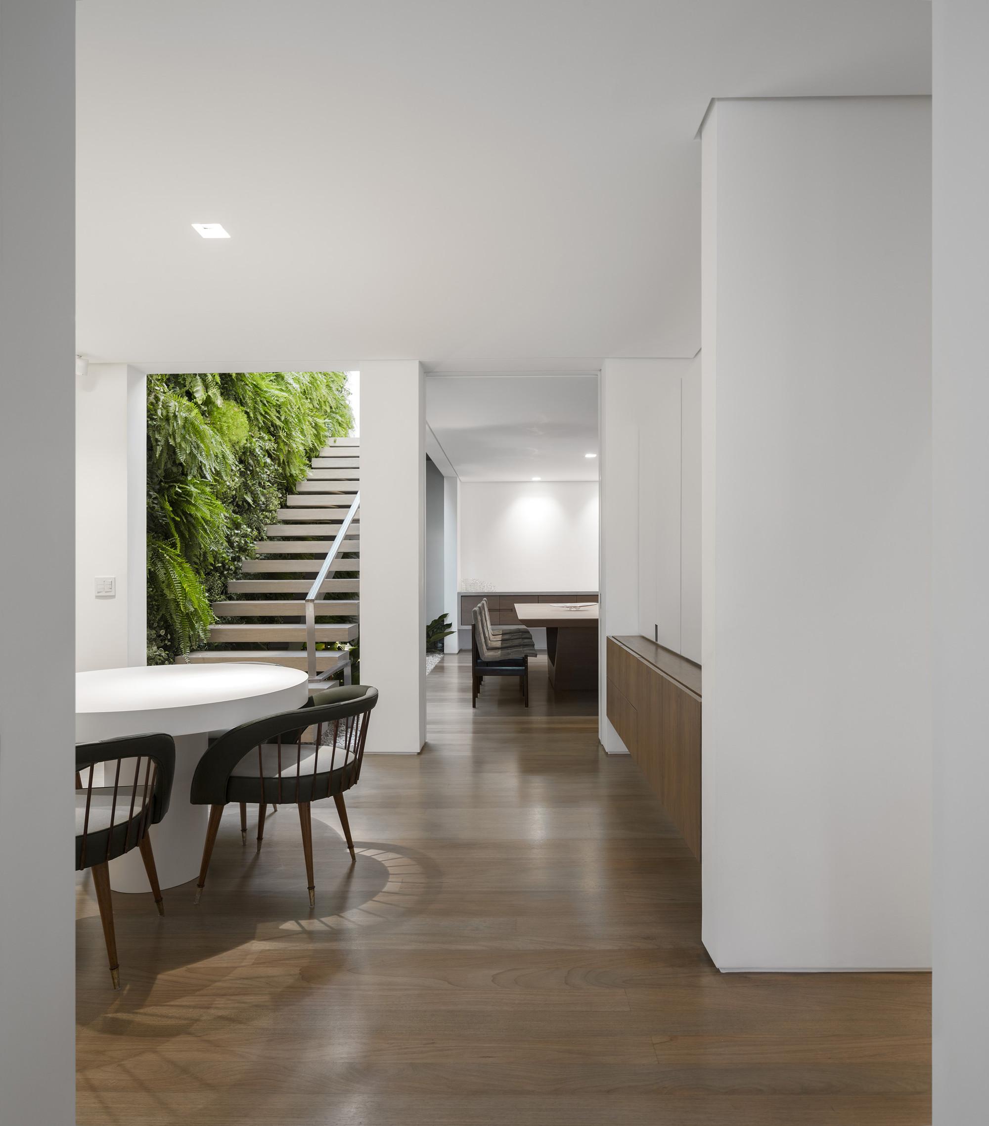 Galeria de casa k studio arthur casas 11 for Casa para herramientas de pvc