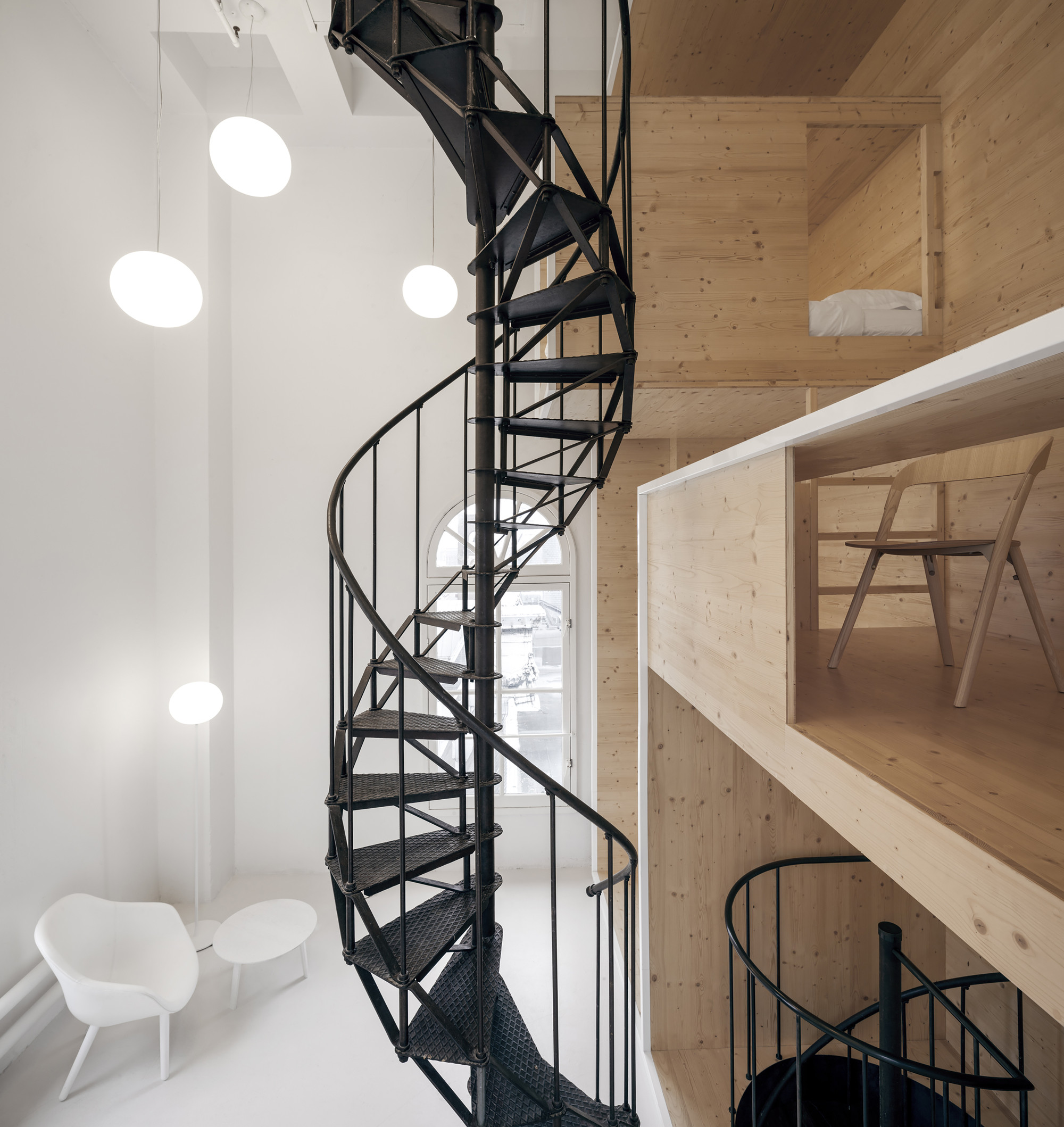 Cuarto en la Azotea / i29 interior architects