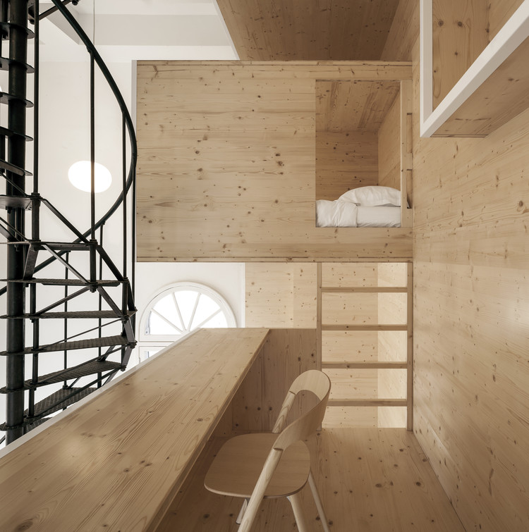 Room On The Roof I29 Interior Architects Archdaily