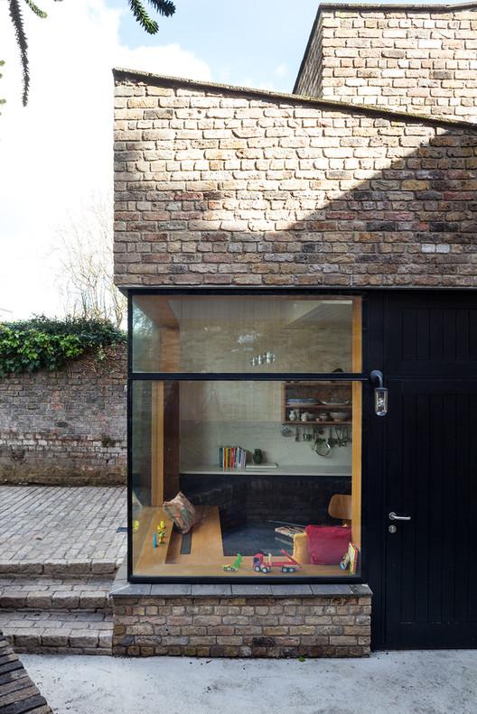 Brick Addition NOJI Architects