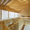 Timber Dentistry (Mino Osaka, Japan) / Kohki Hiranuma Architect & Associates. Image © Satoshi Shigeta