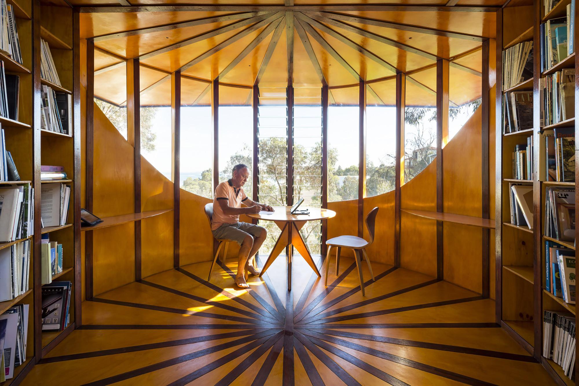 Tree Top Studio / Max Pritchard